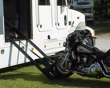 Lift And Transport Motorcycles Rampage Motorcycle Lift   Autos Weblog